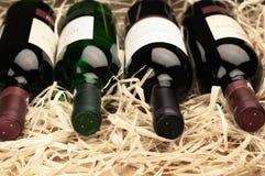 Бутылки вина в сторновке Стоковая Фотография