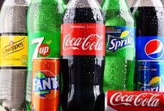 Бутылки глобальных брендов безалкогольного напитка Стоковая Фотография RF