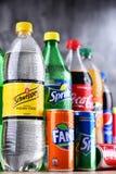 Бутылки глобальных брендов безалкогольного напитка Стоковое Фото