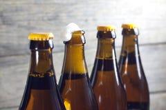 Бутылки крупного плана пива Стоковые Изображения RF