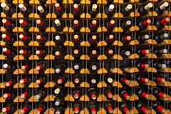 Бутылки лозы на полке, в Georgia, Кавказ Стоковое фото RF