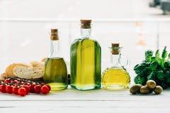 Бутылки оливкового масла Стоковое Изображение RF