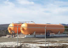 Бутылка бензина контейнера нефти энергии пропана бензобака Стоковые Фотографии RF