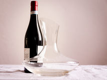Бутылка вина и графинчика Стоковое фото RF