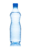 Бутылка воды.
