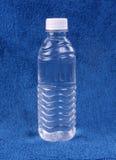 Бутылка воды Стоковые Фотографии RF