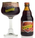 Бутылка и стекло пива плодоовощ румян Kasteel стоковые фотографии rf