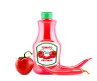 Бутылка кетчуп с свежими томатами и накаленными докрасна pepers chili на ярлыке изолированном на белой предпосылке, реалистическо иллюстрация штока