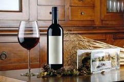 Бутылка комплекта красного вина Стоковые Фото