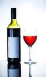 Бутылка красного вина и бокала Стоковая Фотография