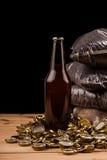 Бутылка домодельных крышек пива и бутылки Стоковое Фото