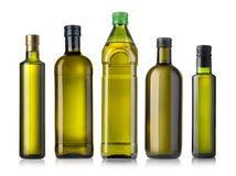 Бутылка оливкового масла на белизне Стоковая Фотография