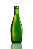 Бутылка пива или сидра на белой предпосылке Стоковые Фото