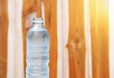 Бутылка питьевой воды Стоковое Фото
