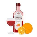 Бутылка, стекло и апельсин Sangria Испанское вино с апельсином, лимоном Стоковые Изображения