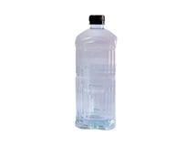 Бутылка с водой с черной крышкой Стоковое фото RF