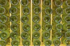 Бутылки белого вина Стоковые Фотографии RF