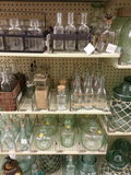 Бутылки и опарникы Стоковая Фотография