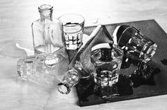 Бутылки и стекла Стоковая Фотография