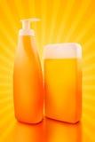 Бутылки масла или солнцезащитного крема Sunbath Стоковое Фото