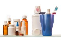 Бутылки медицины на полке Стоковое Изображение