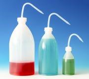 Бутылки мытья лаборатории для науки экспериментируют, распределяющ bottl Стоковая Фотография RF