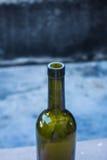Бутылки на таблице Стоковое Изображение