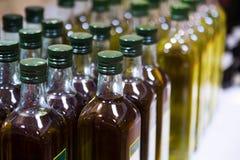 Бутылки оливкового масла Стоковые Изображения