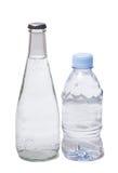2 бутылки питьевой воды Стоковое Фото