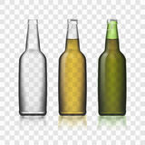 Бутылки реалистическое 3d пива стеклянные установили на прозрачную предпосылку Стоковые Изображения RF