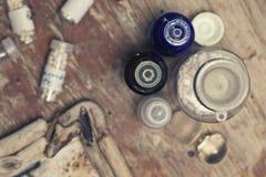Бутылки с глобулами гомеопатии Стоковые Фото