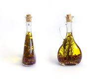 2 бутылки с оливковым маслом Стоковые Изображения RF
