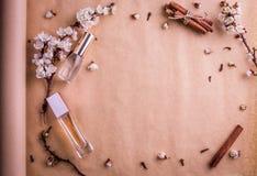 Бутылки дух с ингридиентами Стоковые Фотографии RF