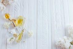 Бутылки дух с цветками Стоковое фото RF