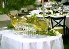 Бутылки шампанского в стеклянном ведре Стоковое Фото