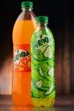 2 бутылки carbonated безалкогольного напитка Mirinda Стоковое Изображение RF