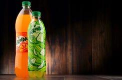2 бутылки carbonated безалкогольного напитка Mirinda Стоковые Изображения