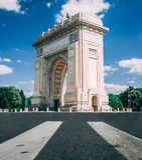 Бухарест, Румыния, август 2018: Arcul de Triumf стоковое фото