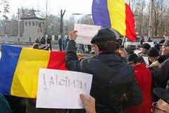 Бухарест, Румыния - протест против президента Klaus Iohannis Стоковые Изображения RF