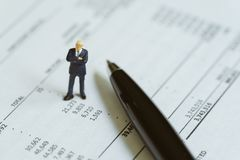 Бухгалтерия, вклад, финансовый анализ отчета или расход и стоковое фото rf