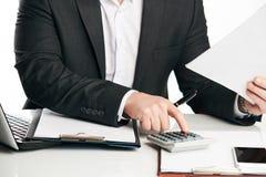 Бухгалтер высчитывая финансы Стоковое Изображение RF