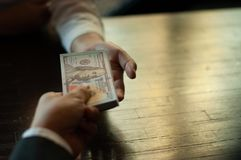 Бухгалтер и финансовые деньги дела стоковые изображения