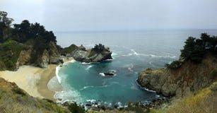 Бухта фарфора пляжа Калифорнии стоковые изображения rf