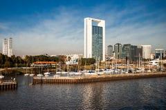 Буэнос-Айрес от Рио Ла-Плата, Аргентины Стоковые Изображения