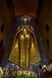 Будда внутри виска Ananda, Bagan Стоковые Фотографии RF