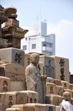 Будда в городе стоковые изображения rf