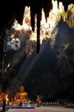 Будда в пещере Стоковые Изображения RF