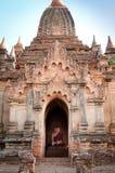 Будда в середине пагоды Стоковые Фото
