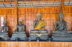 Будда на детали картины золота teak Стоковые Фотографии RF