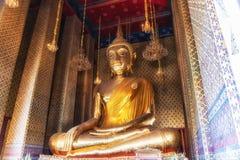 Будда на Wat Kalayanamit, Бангкоке, Таиланде Стоковое Фото